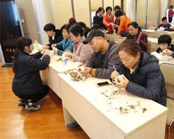 金鸡讲堂2019年首堂课  5万人线上学习雕水仙
